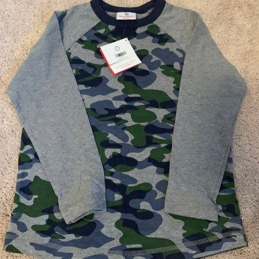NWT Hanna Andersson 120 camo shirt