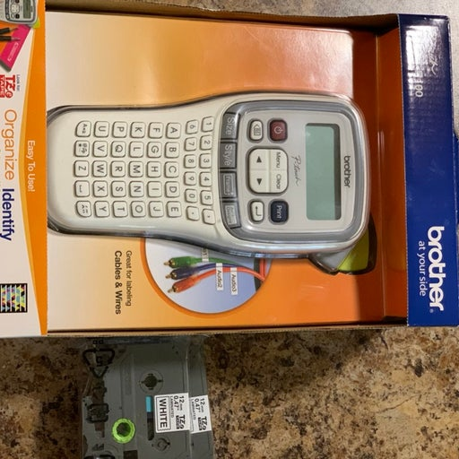 Brother P-Touch easy handheld label maker