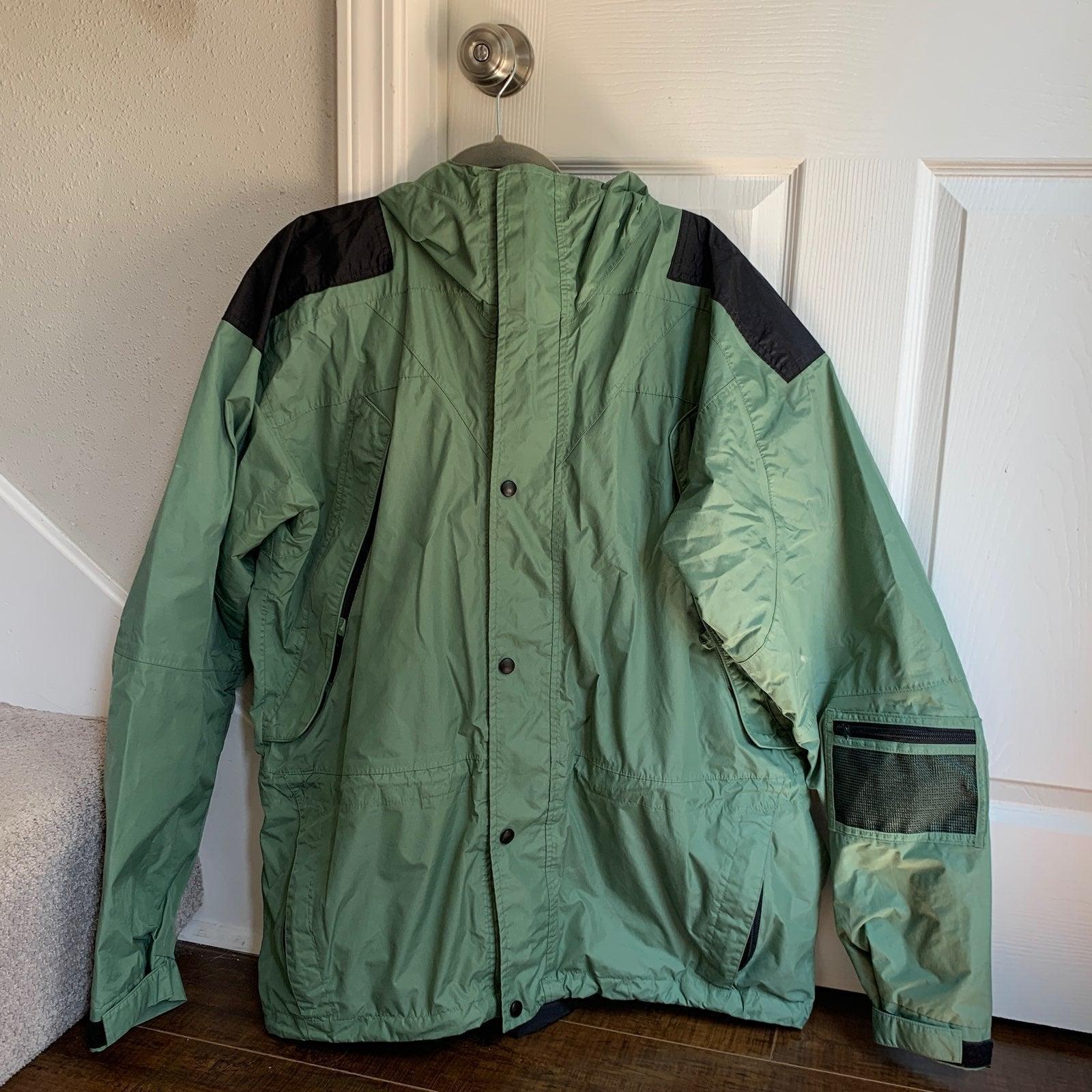 G.H. Bass & Co. Men's Rain Jacket (XL)