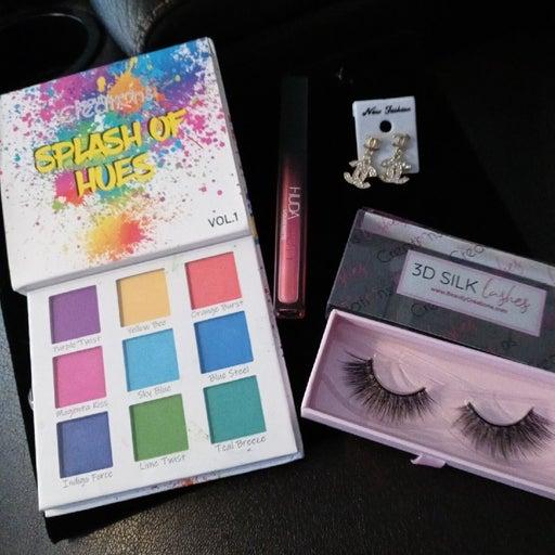 Nice eye plates and Matte lipstick & 3D