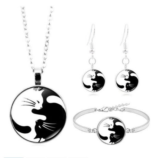 Black and white kitty cats Set