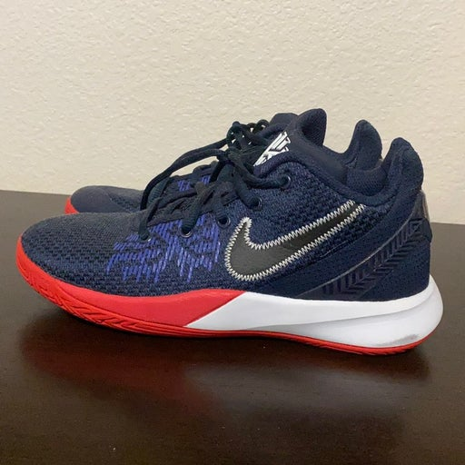 Nike Size 4 Youth
