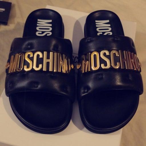 Moschino slides women 8 100% Authentic