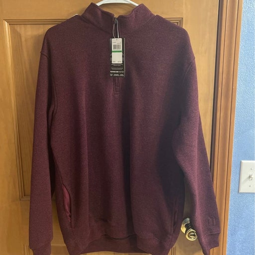 PGA large pull over sweater
