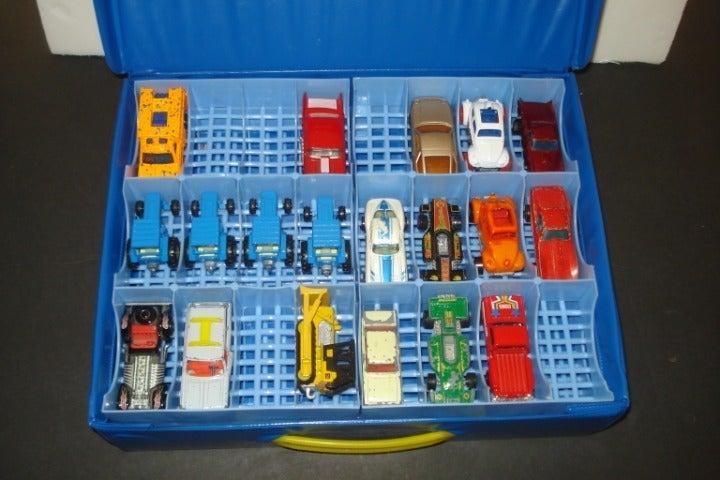 19 Older Hot Wheels Matchbox Lesney Cars