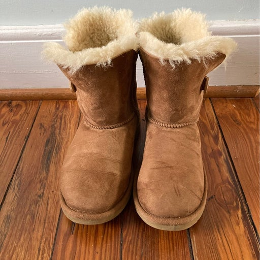 Ugg Bailey Button Boots size 3