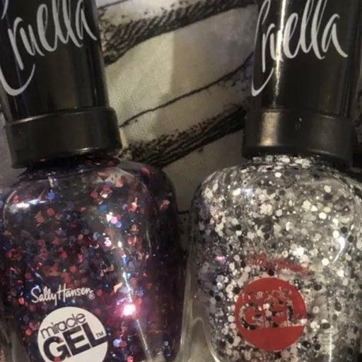 Sally hansen Cruella miracle gel nail polish