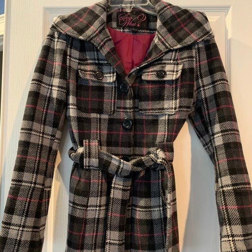 Grey and pink plaid jacket small
