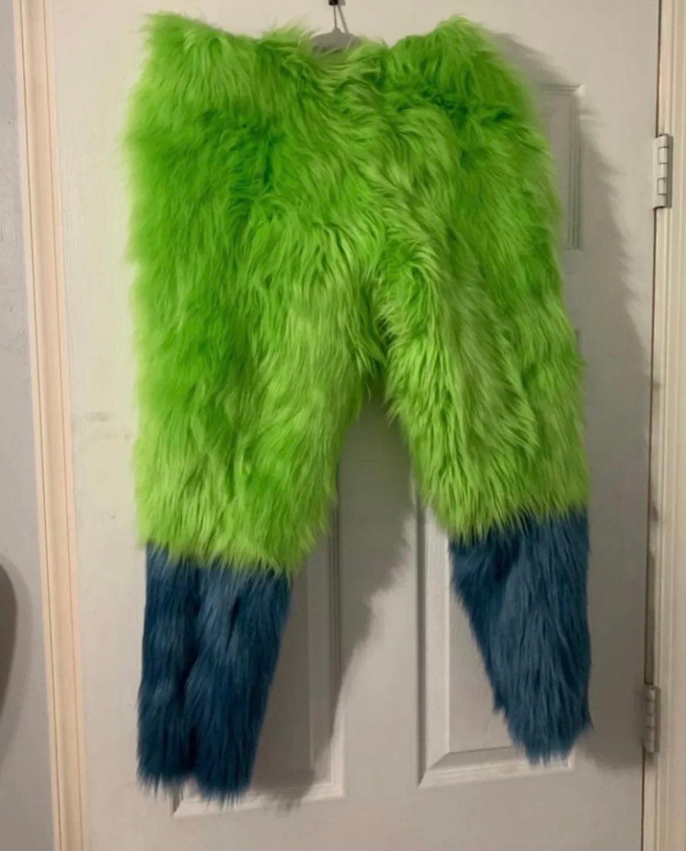 Hunter Dark Green Mini Fursuit Nub Tail