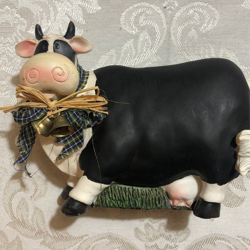 Decretive Ceramic Cow