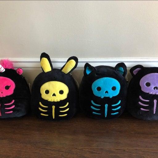 "★ 7"" halloween skeleton squishmallow bundle ★"