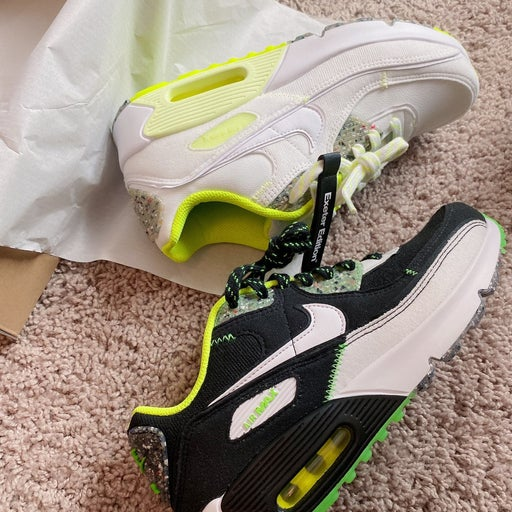 Nike Air 90 GS exeter edition size 6Y