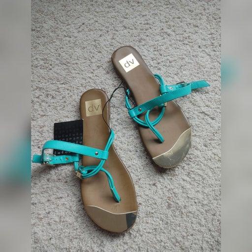 NWT DV Gold Toe teal strap sandals