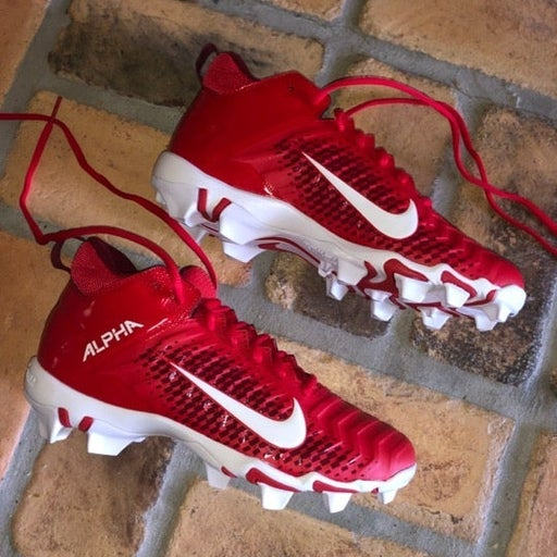 NIKE CLEATS YOUTH SIZE 5.5