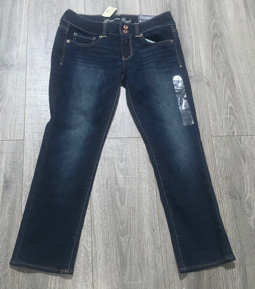 NWT american eagle crop jeans size 6