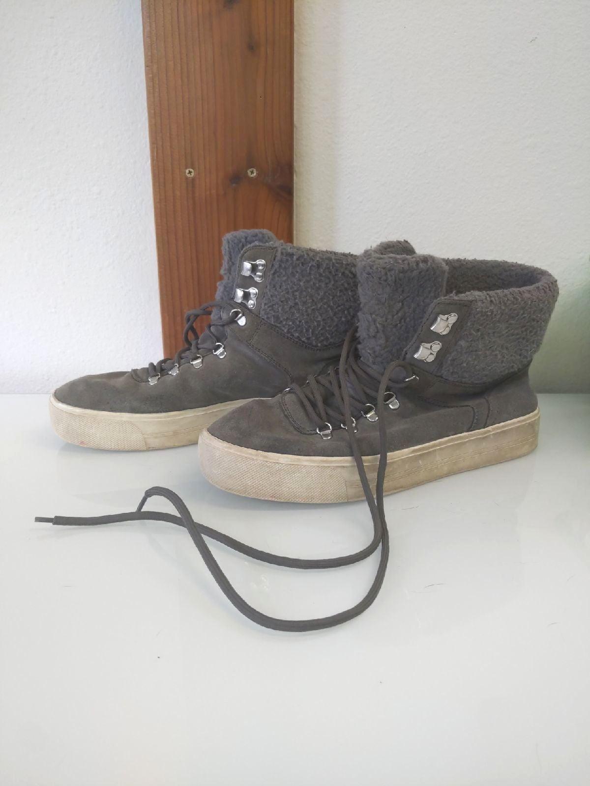NWOB Marc Fisher MF Darlen Suede Leather Faux Fur Hi Top Sneakers