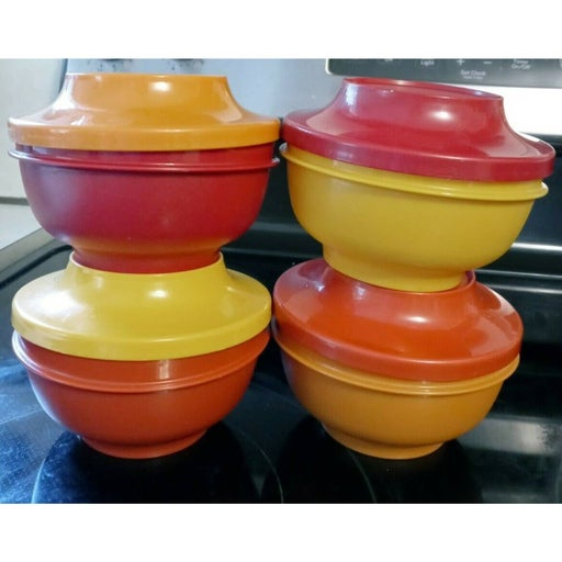 Tupperware USA Vintage 4 Picnic Bowls