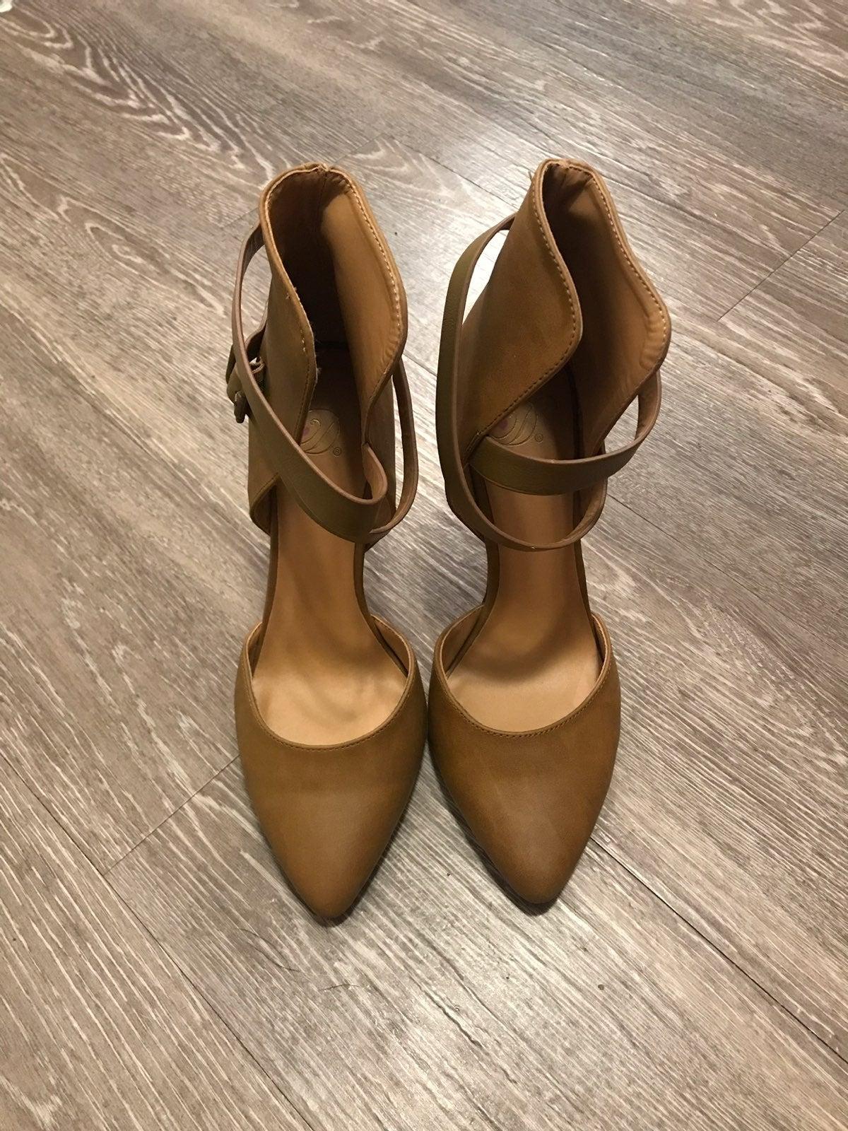 Charlotte Russe Brown D'Orsay Heels