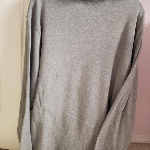 Men's gray Turtleneck shirt