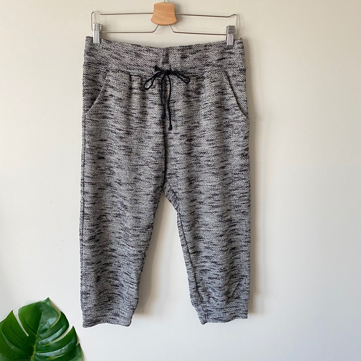 LA HEARTS Cropped Marl Knit Jogger Large