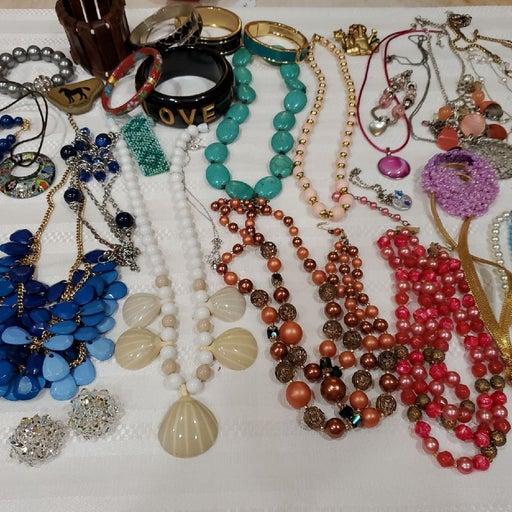 Three Pounds Jewelry Lot. W3