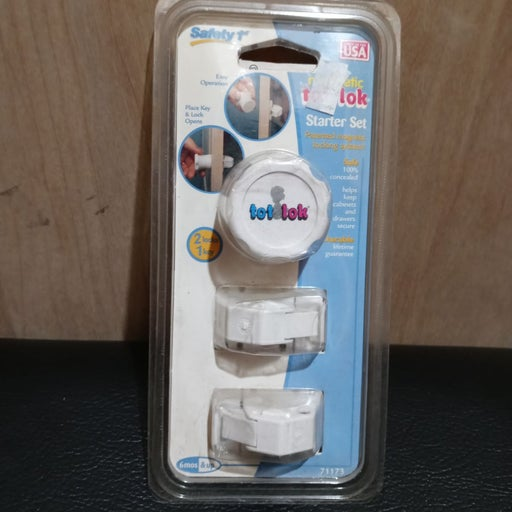 Safety 1st Magnetic Tot Lok Starter Set