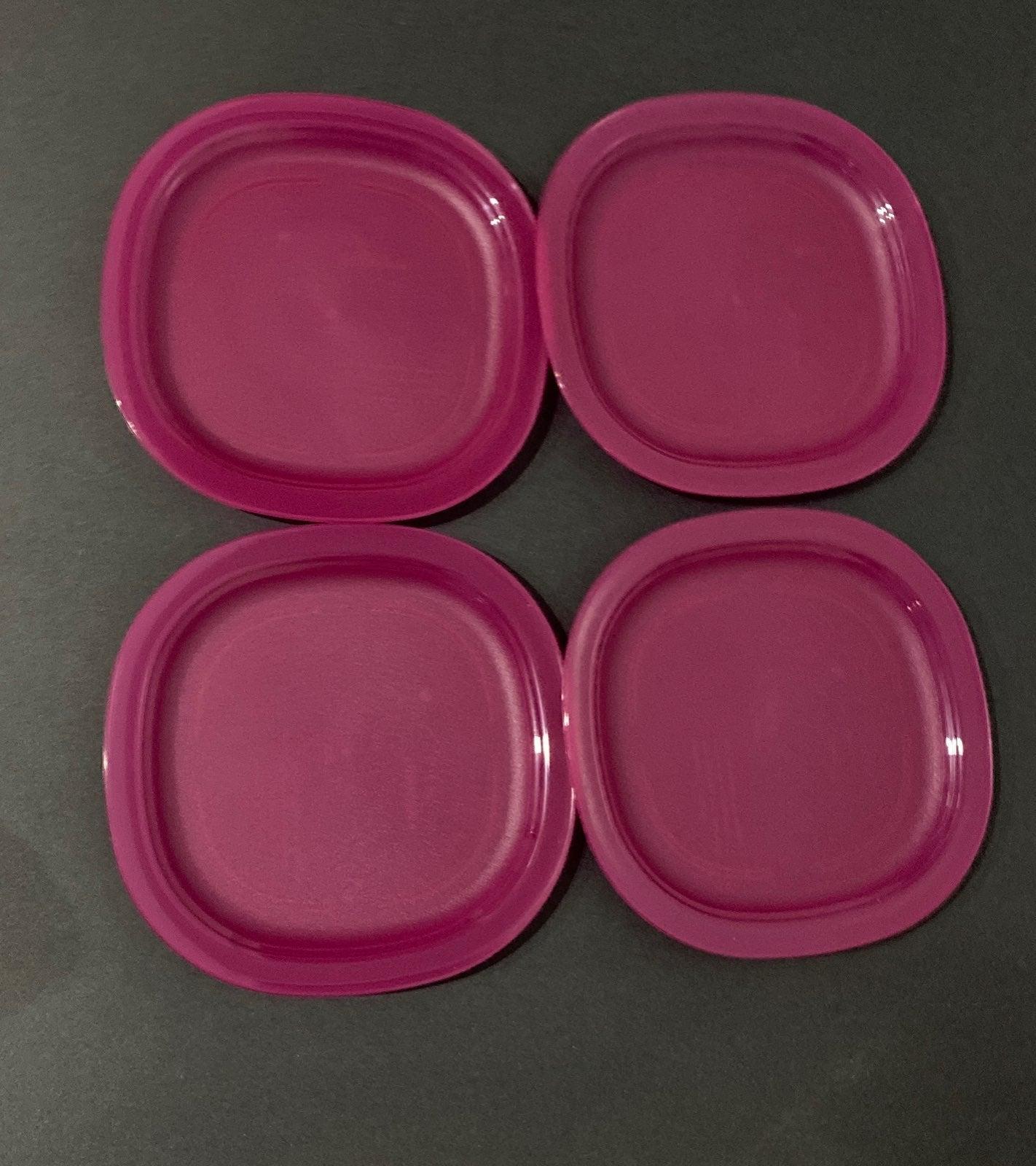New!Tupperware set of 4  luncheon desser