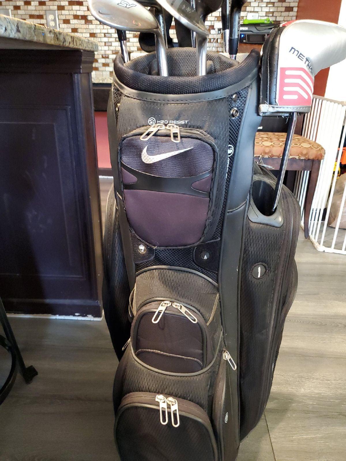 Nike Performance Golf Bag