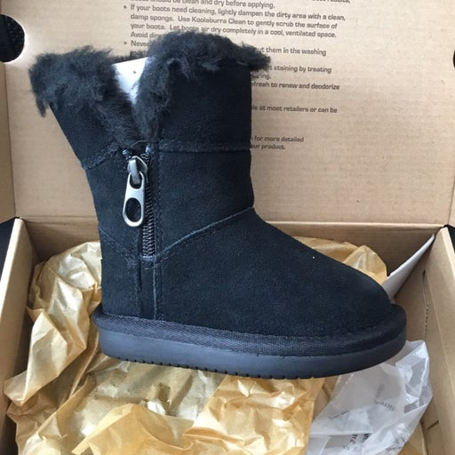 Ugg Koolaburra Toddler Boots sz 7