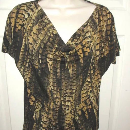 Michael Kors short sleeve v neck fall top petite small feather