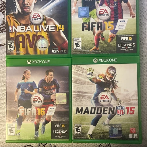Xbox One Bundle - 4 Used Games