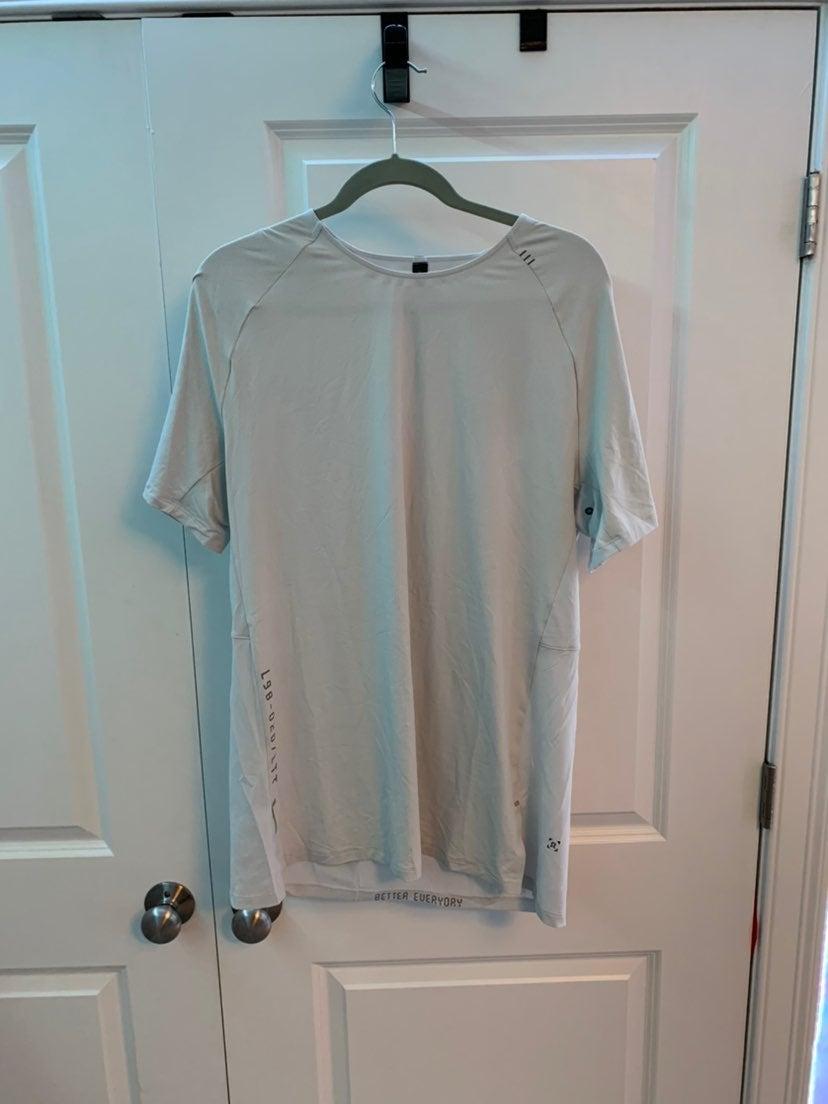 Men's Lululemon Pulse Motivation Shirt