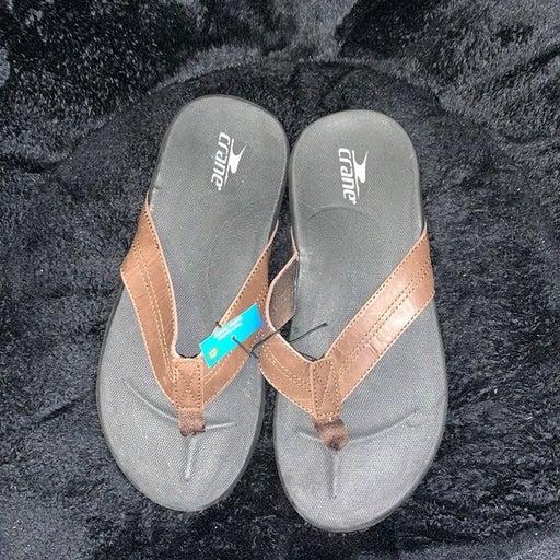 Men's Crane size 8 sandals