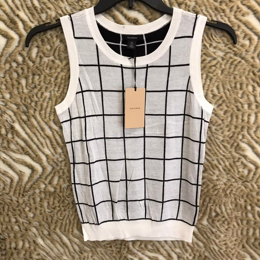 "Halogen womens square sleeveless top white size M petite pit 17"" length 23"""
