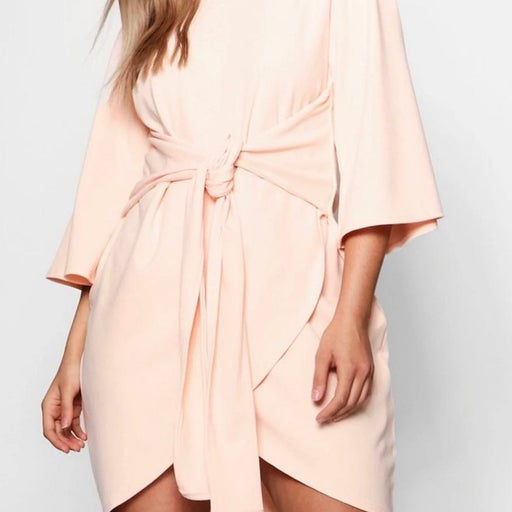 """Boohoo dress in color """"blush"""""""
