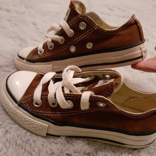 Converse 11 solid neutral canvas sneaker shoes boys girls tennis shoes