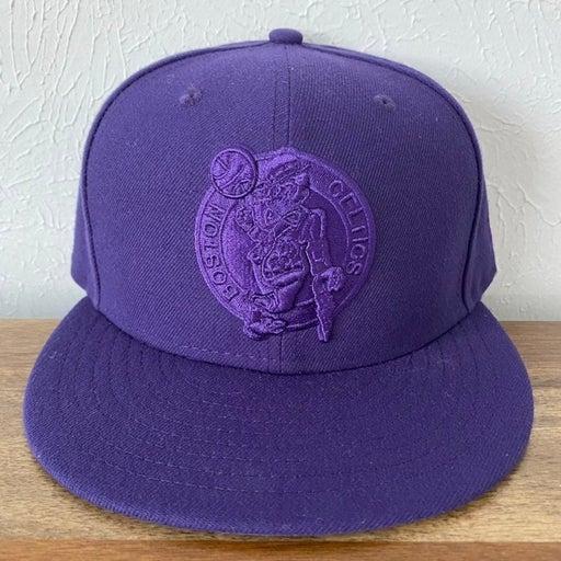 NWOT New Era Boston Celtics NBA 59Fifty Fitted Hat Size 7 1/4
