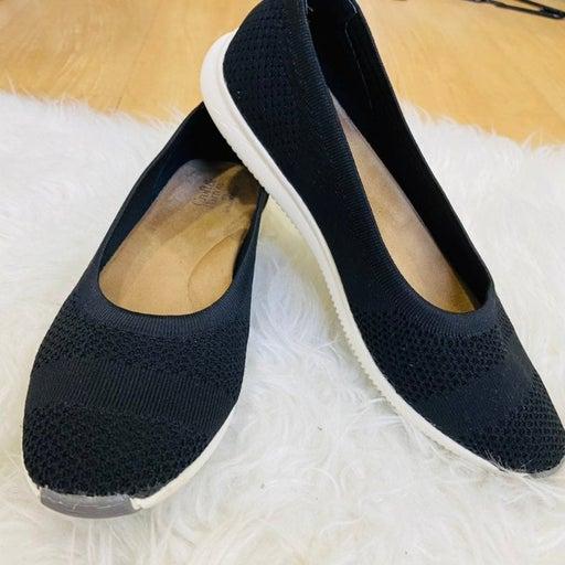 Croft & Borrow black and white casual sh