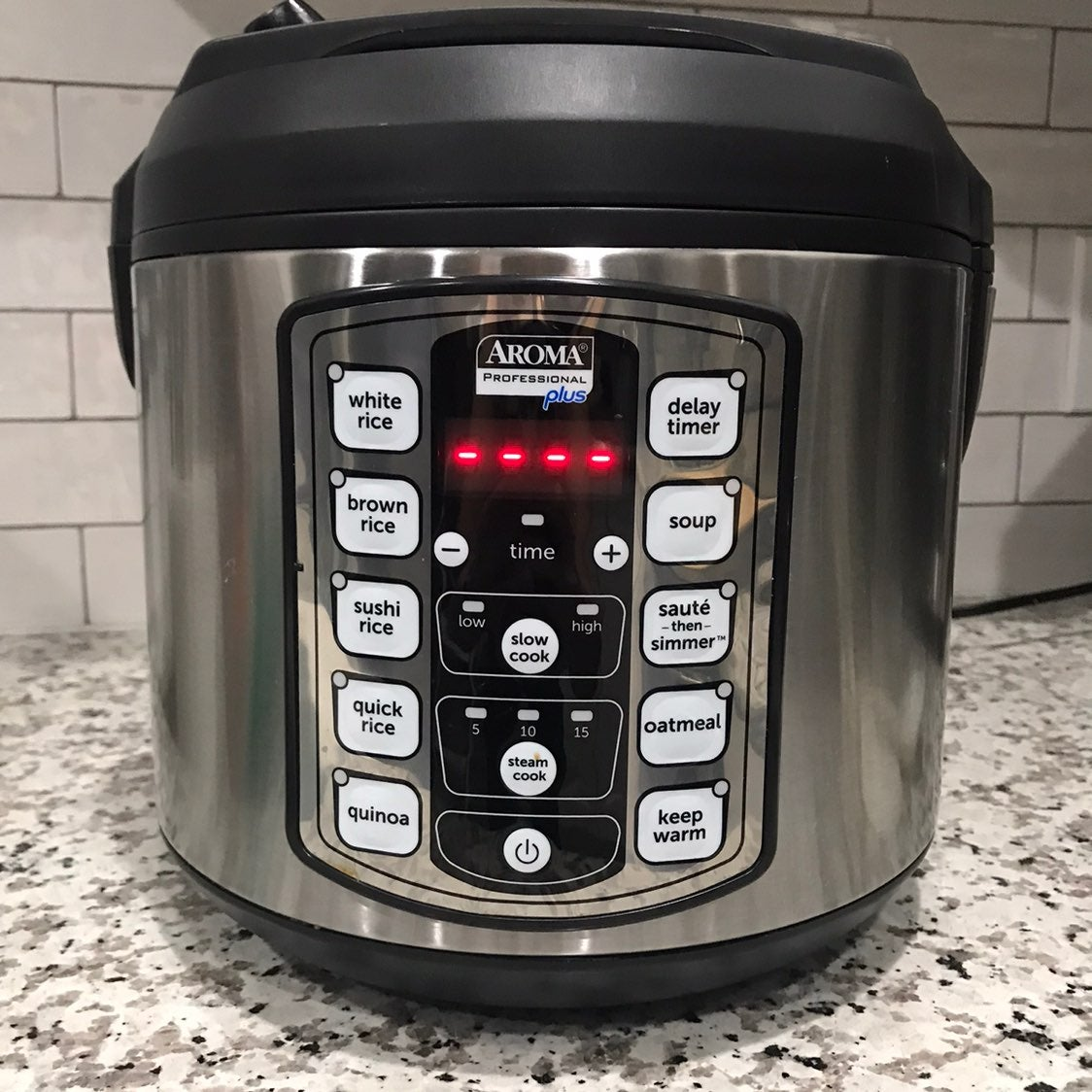 Aroma rice cooker / multi cooker