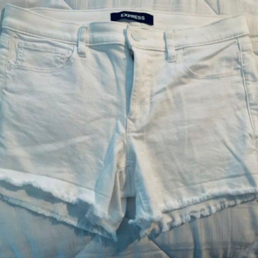 Express shorts white 10