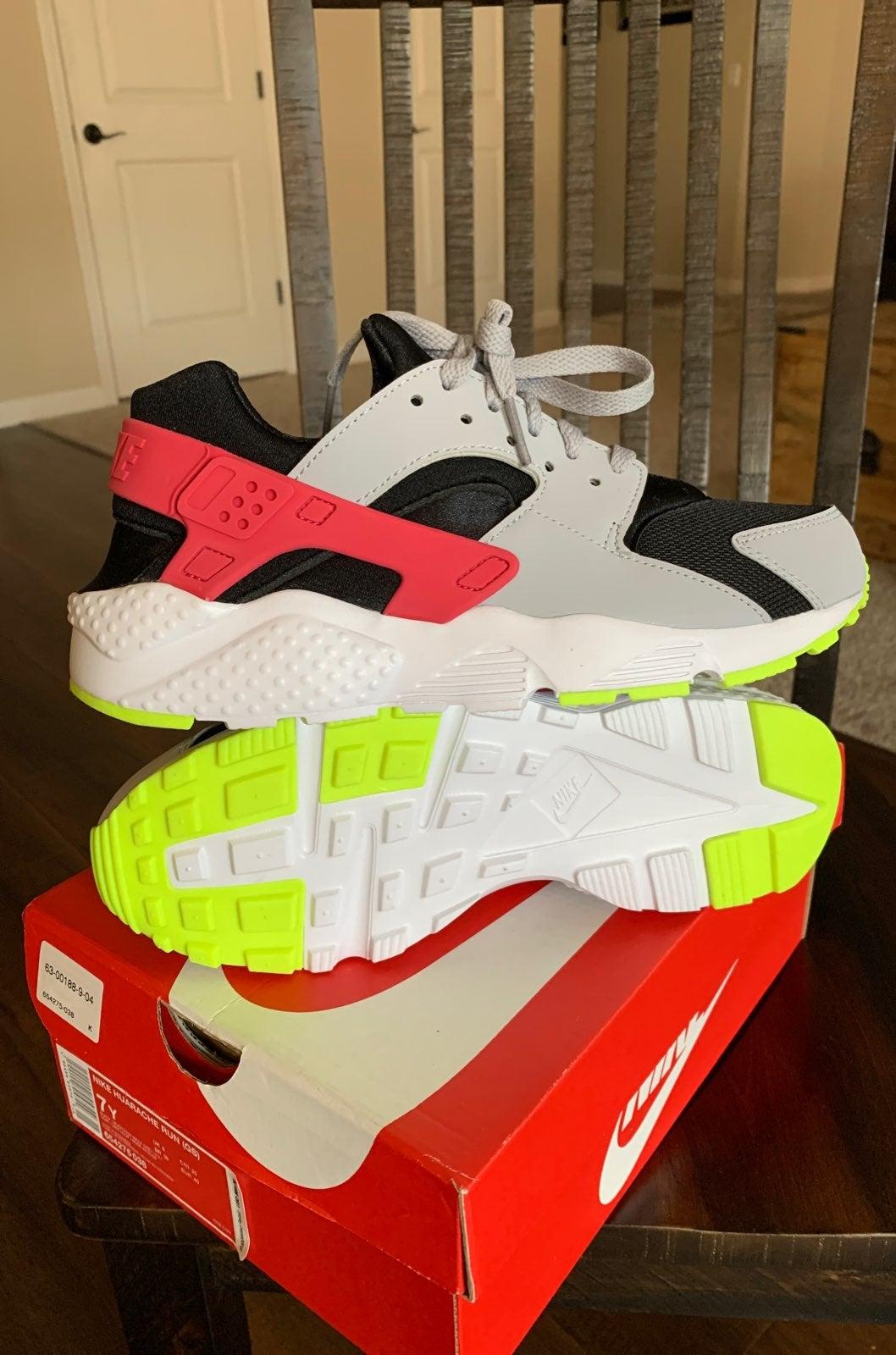 Nike Huarache Run Black Pink Grey SZ 7