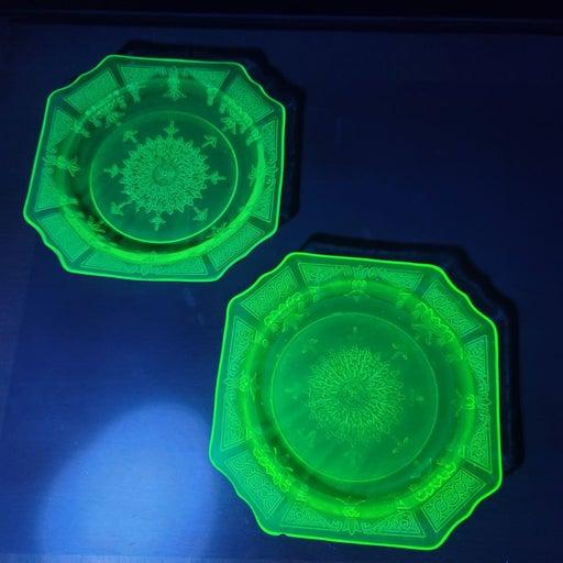 2 Princess House Uranium Glass Plates