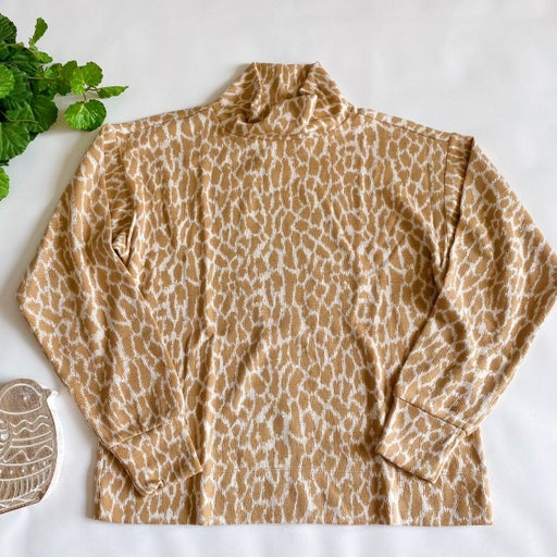 LOFT Beige Animal Spotted Mock Neck Top Giraffe Print Tan Size Medium New Fall