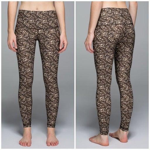 RARE Lululemon Shine Tight Yoga Pants