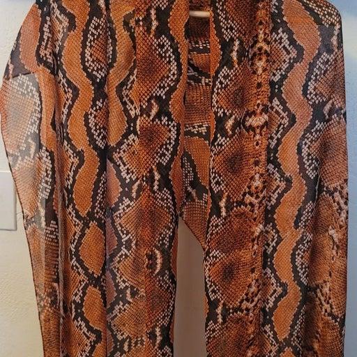 Scarf shawl wrap Calvin Klein snake prin