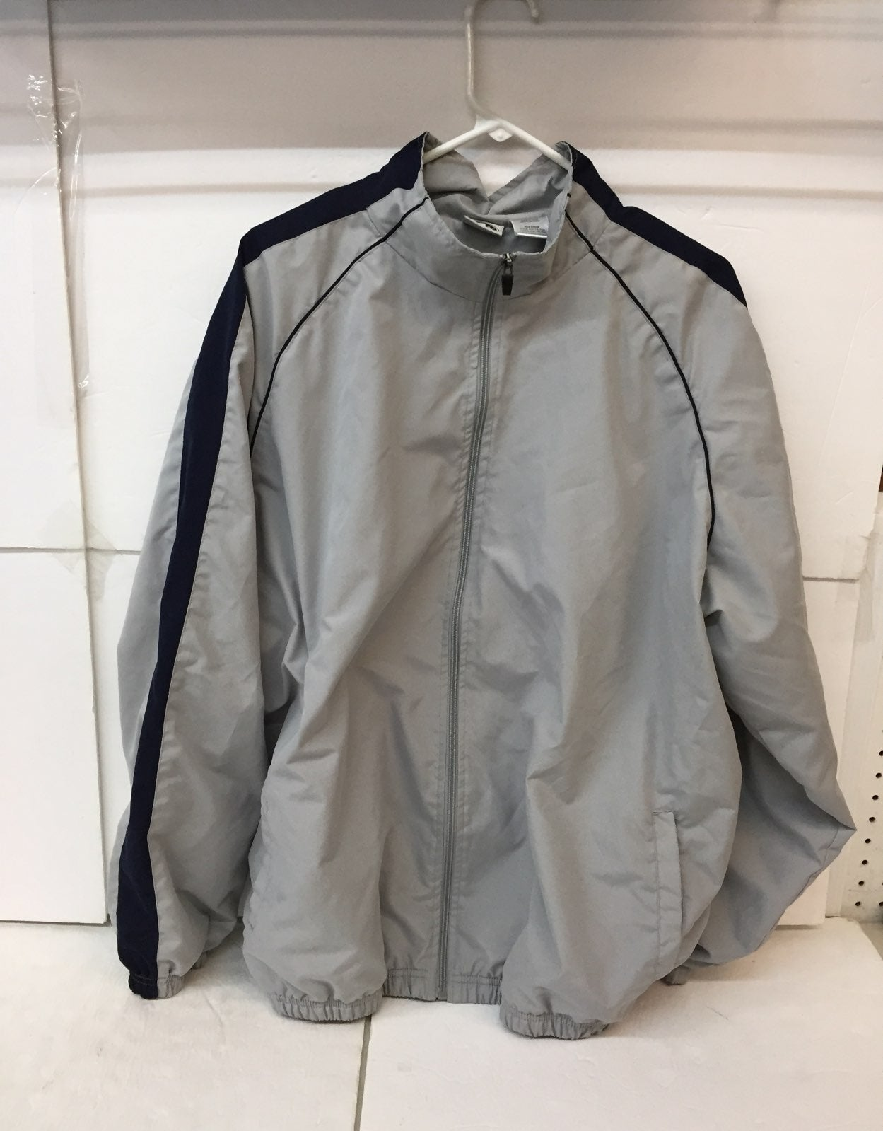 EUC Athletic Works Jacket Size XL Men's