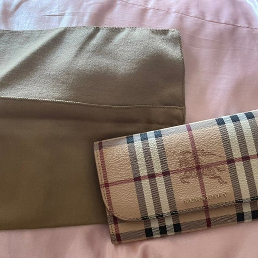 Burberry wallets for women