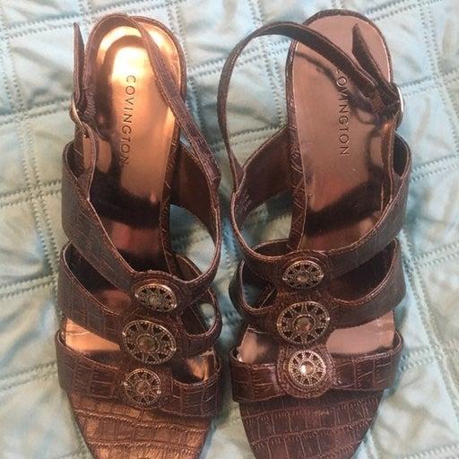 Womens Covington sandals size 6 1/2