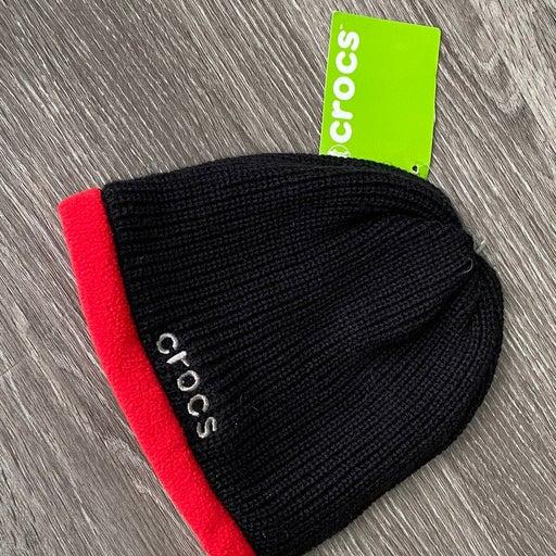 Boys Crocs  Knit black &red hat