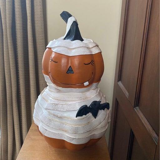 Pumpkin Mummy Bat Figure